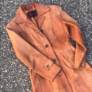 Vintage Wilson's Distressed 1970s Leather Coat 8